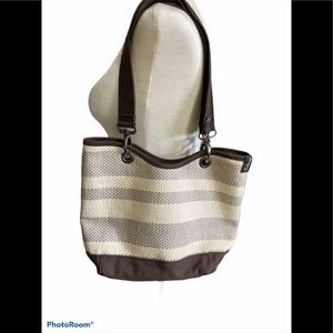 3/$30 Thirty-one waffle knit style purse